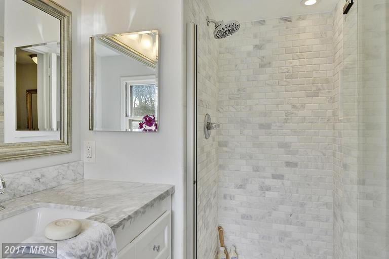 remodel bathroom rockville